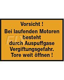 Vorsicht!  Bei laufenden Motoren